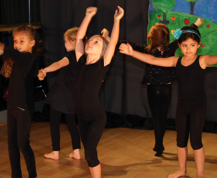 recitals-dance-lessons-camps-salsa-with-silvia14