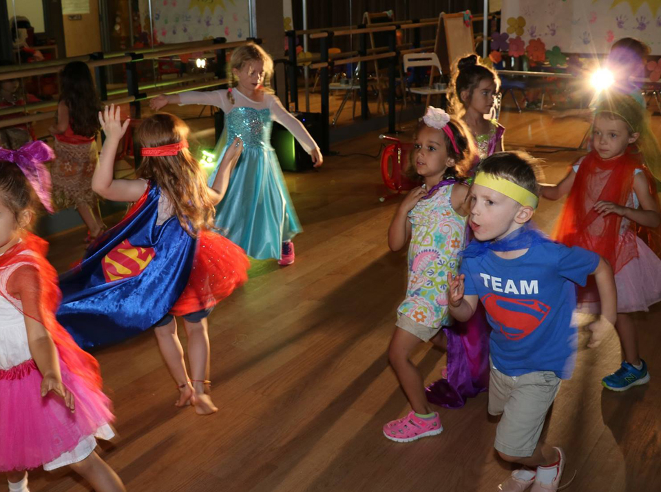 Dance lessons at the Salsa With Silvia bilingual camps for kids.